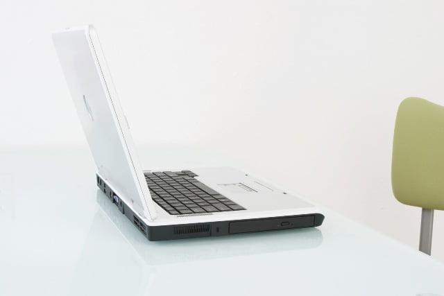 Macam-macam Bisnis Online yang Benar-benar Online (Ehh..?)